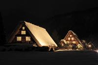 冬の白川郷・ライトアップ夜景