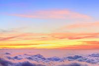 渋峠より朝焼けと雲海
