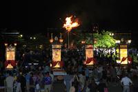 輪島大祭 住吉神社のキリコと大松明