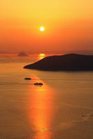屋島より備讃瀬戸の夕焼け 女木島と大槌島
