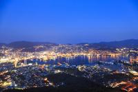 稲佐山から望む長崎市街の夜景