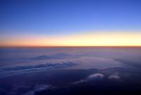 富士山8合目より朝焼けと雲海