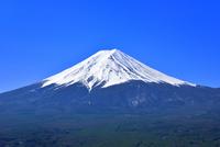 富士河口湖町より富士山 11076029069| 写真素材・ストックフォト・画像・イラスト素材|アマナイメージズ