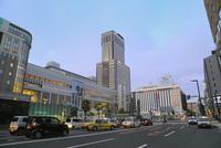 札幌駅前とJRタワー夜景