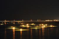 吉野川 集魚灯による夜のシラスウナギ漁