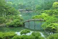 栗林公園の偃月橋と掬月亭