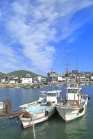 鞆公園 鞆の浦の鞆港に漁船