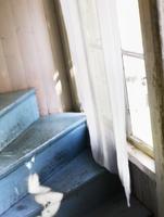 Stairs and window 11077010244  写真素材・ストックフォト・画像・イラスト素材 アマナイメージズ