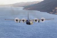 MC-130H Combat Talon II over Loch Ness, Scotland. 11079024424| 写真素材・ストックフォト・画像・イラスト素材|アマナイメージズ
