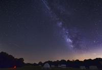 Milky Way and Perseid Meteor Shower, Oklahoma. 11079024810| 写真素材・ストックフォト・画像・イラスト素材|アマナイメージズ
