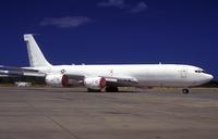 A KC-135 Stratotanker at Hickham Air Force Base. 11079027397| 写真素材・ストックフォト・画像・イラスト素材|アマナイメージズ