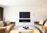 Sofa and television in modern living room 11086003432| 写真素材・ストックフォト・画像・イラスト素材|アマナイメージズ