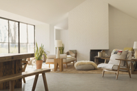 Home showcase living room 11086028809| 写真素材・ストックフォト・画像・イラスト素材|アマナイメージズ