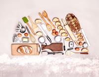 Still life concept baking utensils forming bread loaf 11086032477| 写真素材・ストックフォト・画像・イラスト素材|アマナイメージズ