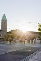 Finland, Uusimaa, Helsinki, Kajsaniemi, People crossing street
