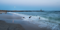 USA, New York State, Long Island, Montauk Point, Waves on water at beach