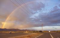 USA, California, Rainbow over mountains at sunset 11090017129| 写真素材・ストックフォト・画像・イラスト素材|アマナイメージズ