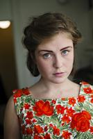 Sweden, Portrait of blonde young woman 11090019494| 写真素材・ストックフォト・画像・イラスト素材|アマナイメージズ