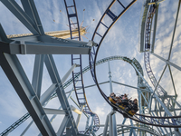 Sweden, Stockholm, Djurgarden, Grona Lund, Low angle view of rollercoaster 11090019816| 写真素材・ストックフォト・画像・イラスト素材|アマナイメージズ
