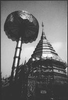 Wat Doi Suthep, view of Buddhist temple 11093014233| 写真素材・ストックフォト・画像・イラスト素材|アマナイメージズ