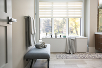 Modern bathtub in elegant bathroom 11096010087| 写真素材・ストックフォト・画像・イラスト素材|アマナイメージズ