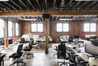 Interior of creative office space 11096036831| 写真素材・ストックフォト・画像・イラスト素材|アマナイメージズ