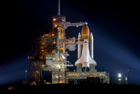 Shuttle Endeavour at night, USA