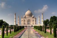 Taj Mahal in Agra on sunny day, Agra, Uttar Pradesh, India