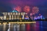 Fireworks illuminating night sky during Putrajaya International Fireworks Competition, Putrajaya, Malaysia