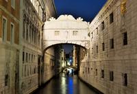 Bridge of Sighs over Venice canal at night, Venice, Veneto, Italy