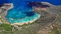 View of tropical bay, Honolulu, Hanauma, Island of Oahu, Hawaii, USA
