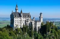 Neuschwanstein Castle in summer, Neuschwanstein, Bavaria, Germany