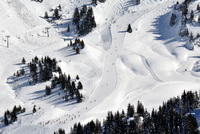 Ski run seen from above, Avoriaz, Portes du Soleil, Alps, France