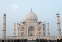 Palace against blue sky, Taj Mahal, Agra, India