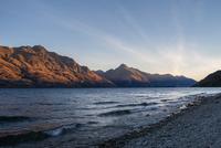 Mountain range over Lake Wakatipu, Queenstown, South Island, New Zealand