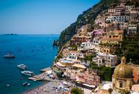 City on mountainside, Positano, Kampanien, Italy