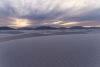 White sands in evening, White Sands, New Mexico, USA