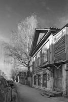 Abandoned wooden house, Tver, Russia 11098057641| 写真素材・ストックフォト・画像・イラスト素材|アマナイメージズ
