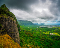 Landscape of valley from Nuuanu Pali, Oahu, Hawaii, USA