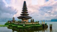 Pura Ulun Danu Bratan temple on lake, Bedugul, Bali, Indonesia