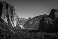 Yosemite a la Ansel Adams 11098064941| 写真素材・ストックフォト・画像・イラスト素材|アマナイメージズ