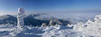 Morning of a mountaintop 11098066260| 写真素材・ストックフォト・画像・イラスト素材|アマナイメージズ