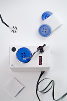 Craft product imitating record player