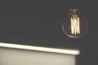 Electricity in light bulb