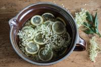 Elderflower(Sambucus nigra)cordial
