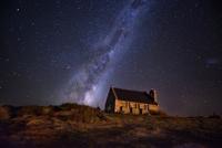 Church of the Good Shepherd, Lake Tekapo 11098073535| 写真素材・ストックフォト・画像・イラスト素材|アマナイメージズ