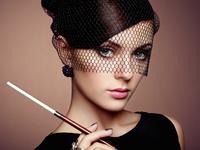 Portrait of beautiful sensual woman with elegant hairstyle 11098073807| 写真素材・ストックフォト・画像・イラスト素材|アマナイメージズ