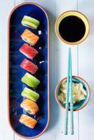 Colorful Sushi 11098075606| 写真素材・ストックフォト・画像・イラスト素材|アマナイメージズ