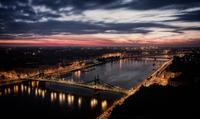 Dawn @ Budapest 11098076439  写真素材・ストックフォト・画像・イラスト素材 アマナイメージズ