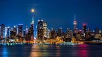 Super Moon above New York 11098076481| 写真素材・ストックフォト・画像・イラスト素材|アマナイメージズ
